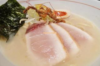 魚介白湯ラーメン専門店の真骨頂!新味の名を持つ魚介そば「麺と心7」大阪メトロ阿倍野駅