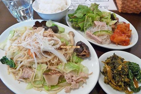 野菜たっぷり!塩ダレ焼きそばのランチセット「双琉(そうりゅう)」大阪メトロあびこ駅