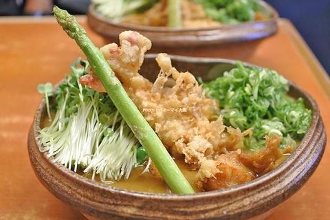 シメのライスで完結!木津市場で味わう超豪華な海老天カレーうどん「大和(やまと)」大阪メトロ大国町駅