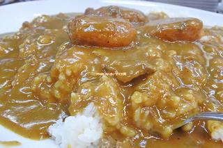ランチで味わう人気店のドカ盛りカレー「マドラス」大阪メトロ恵美須町駅