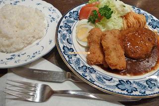 老舗で味わうハンバーグとトンカツのミニセット!難波の洋食店「重亭(じゅうてい)」大阪メトロなんば駅