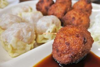 名物のシュウマイを単品で追加!絶品の肉だんご定食ランチ「一芳亭(いっぽうてい)」大阪メトロなんば駅