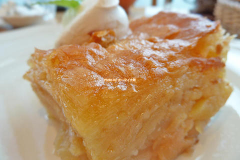 オシャレなカフェで味わう本格的なアップルパイ「アフタヌーンティー ティールーム グランフロント大阪店」大阪メトロ梅田駅