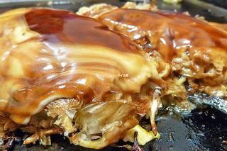 お好み焼きもモダン焼きも焼きそばも豚平焼きも食べたい!豪華な大阪セット「鶴橋風月 ヨドバシ梅田店」大阪メトロ梅田駅