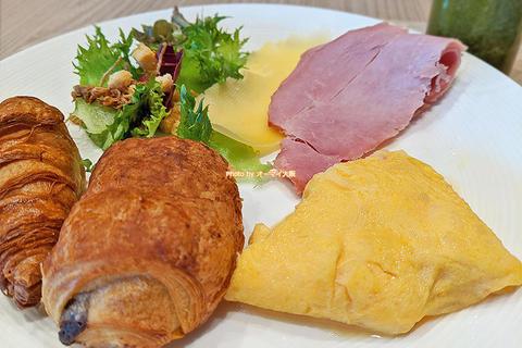 モーニングは60種類の和洋食ビュッフェ「ホテル阪急レスパイア大阪」朝食付きホテル宿泊レビュー
