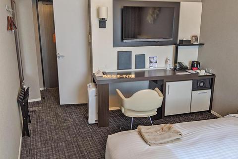 デラックスシングル朝食付き宿泊レビュー「プレミアホテルCABIN(キャビン)大阪」ワンランク上のビジネスホテル