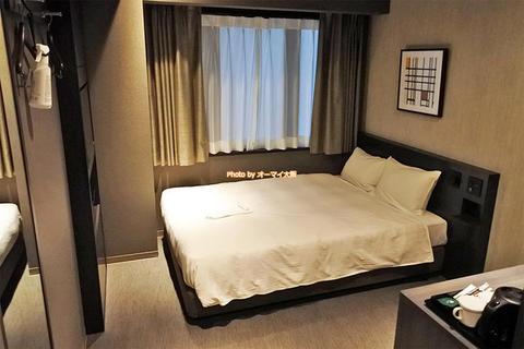 大阪肥後橋の新しいビジネスホテル「ウェリナホテルプレミア中之島イースト」禁煙セミダブル宿泊レビュー