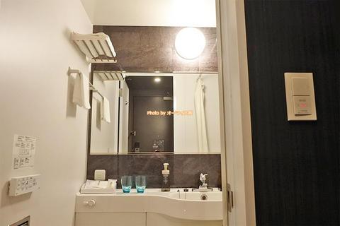 禁煙セミダブルの風呂とアメニティは?「ウェリナホテルプレミア中之島イースト」新しいビジネスホテル宿泊レビュー