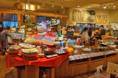 制限時間は90分!ルクア大阪で人気の食べ放題ランチバイキング「モクモク」大阪メトロ梅田駅