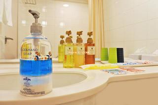 カジュアルダブルの風呂とアメニティは?「ホテル近鉄ユニバーサルシティ」ウッディーウッドペッカーのコラボルーム宿泊レビュー