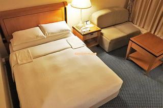 スーペリアフロアで優雅な出張や観光はいかが?「リーガロイヤルホテル大阪」夕食付きダブル宿泊レビュー