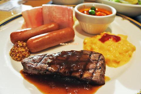 バイキング休止は残念!でも朝からステーキもステキじゃない?「ホテルグランヴィア大阪」朝食プレート試食レビュー